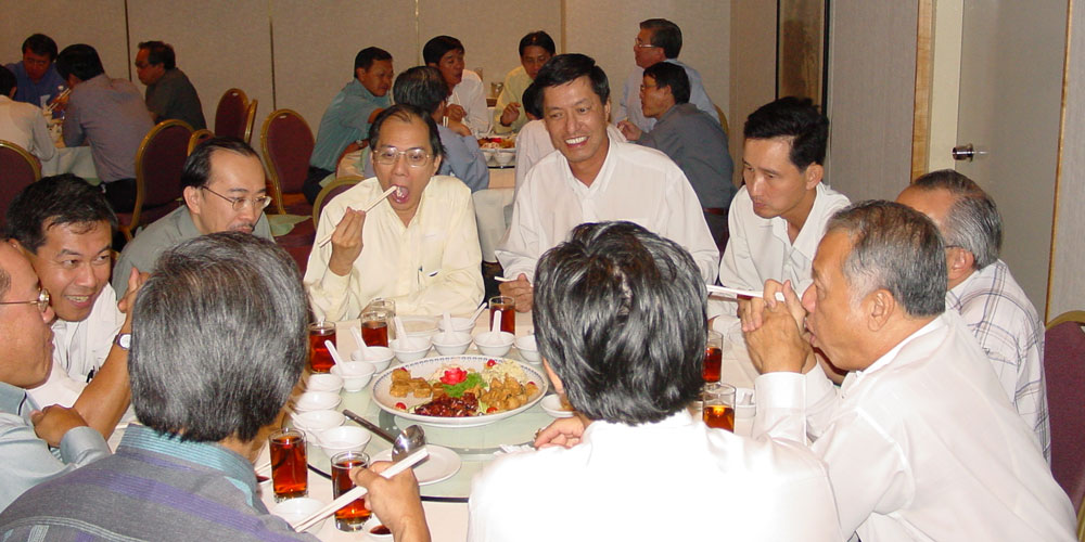 2002_march_membersnight